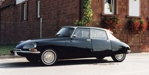 medium_citroen_ds.jpg
